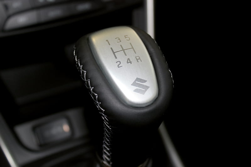 Gear Shift Knob Manual