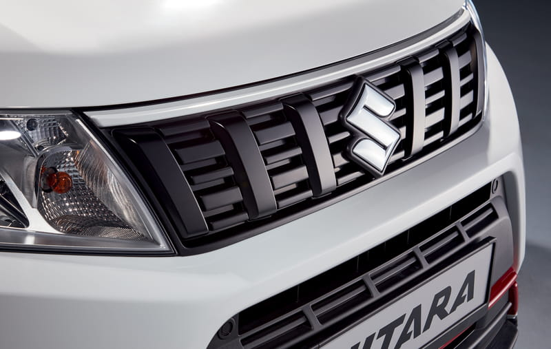 Front Grille Upper Accent Line - White